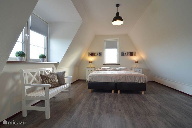 Slaapkamer op de 2e verdieping