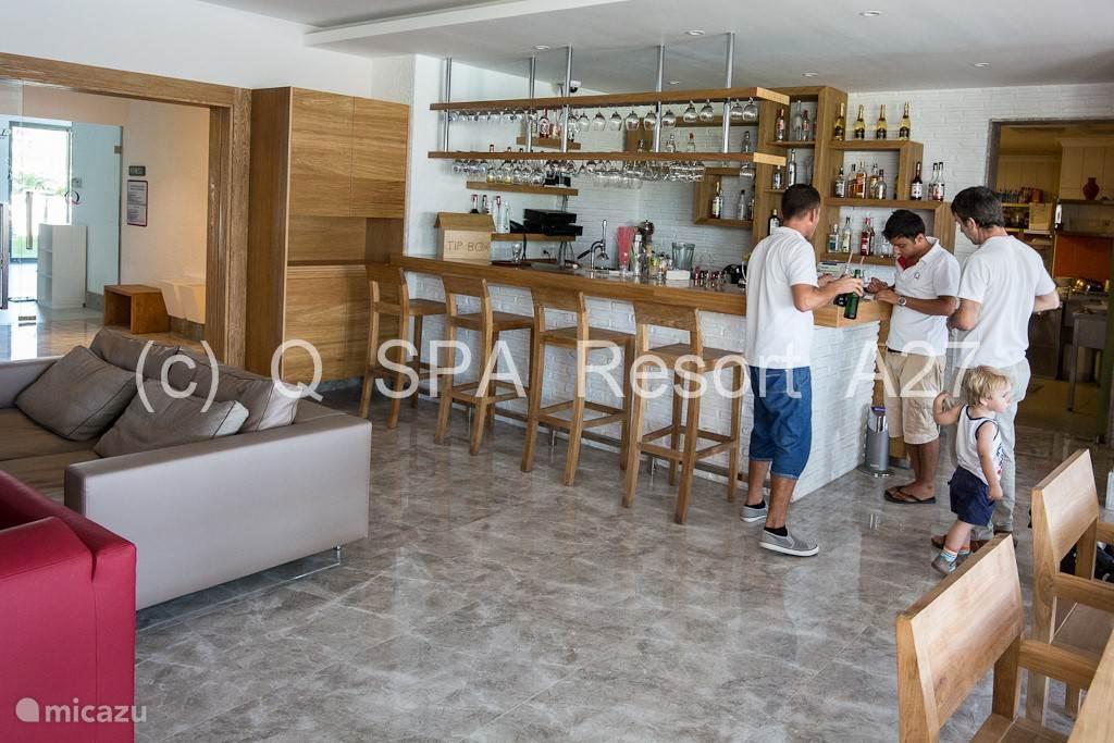 Q Kitchen: Stijlvol ingericht en open vanaf 09u00.
