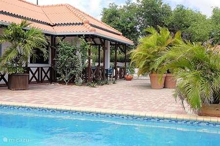 Vakantiehuis Curaçao, Banda Ariba (oost), Jan Thiel bungalow Vrijstaande bungalow Alegria