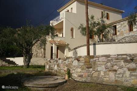 Vakantiehuis Griekenland, Peloponnesos, Chrani landhuis / kasteel Ons huis in Griekenland
