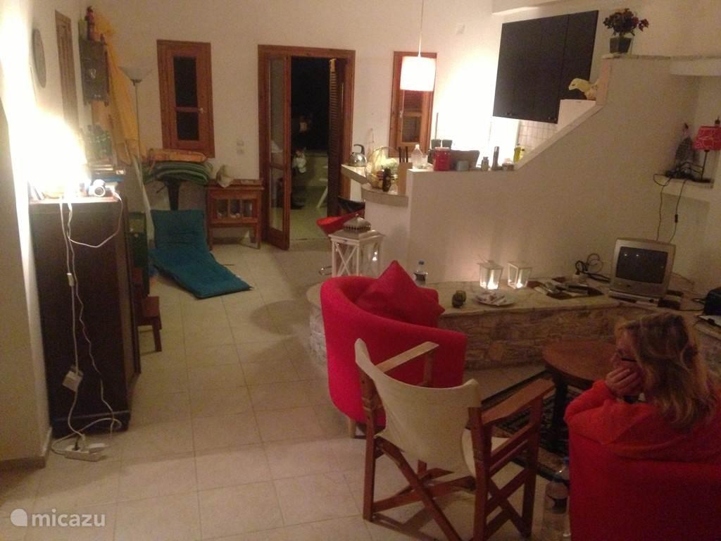 De woonkamer in gebruik