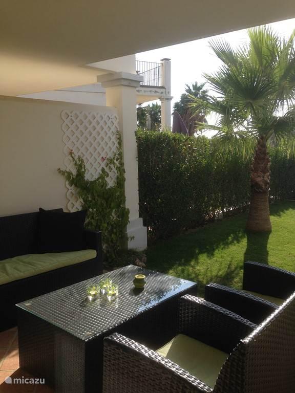 lounge set overdekt terras