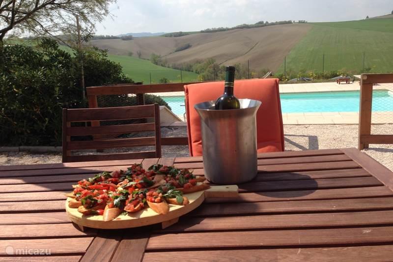 villa villa montileo in belvedere ostrense marken italien mieten micazu. Black Bedroom Furniture Sets. Home Design Ideas