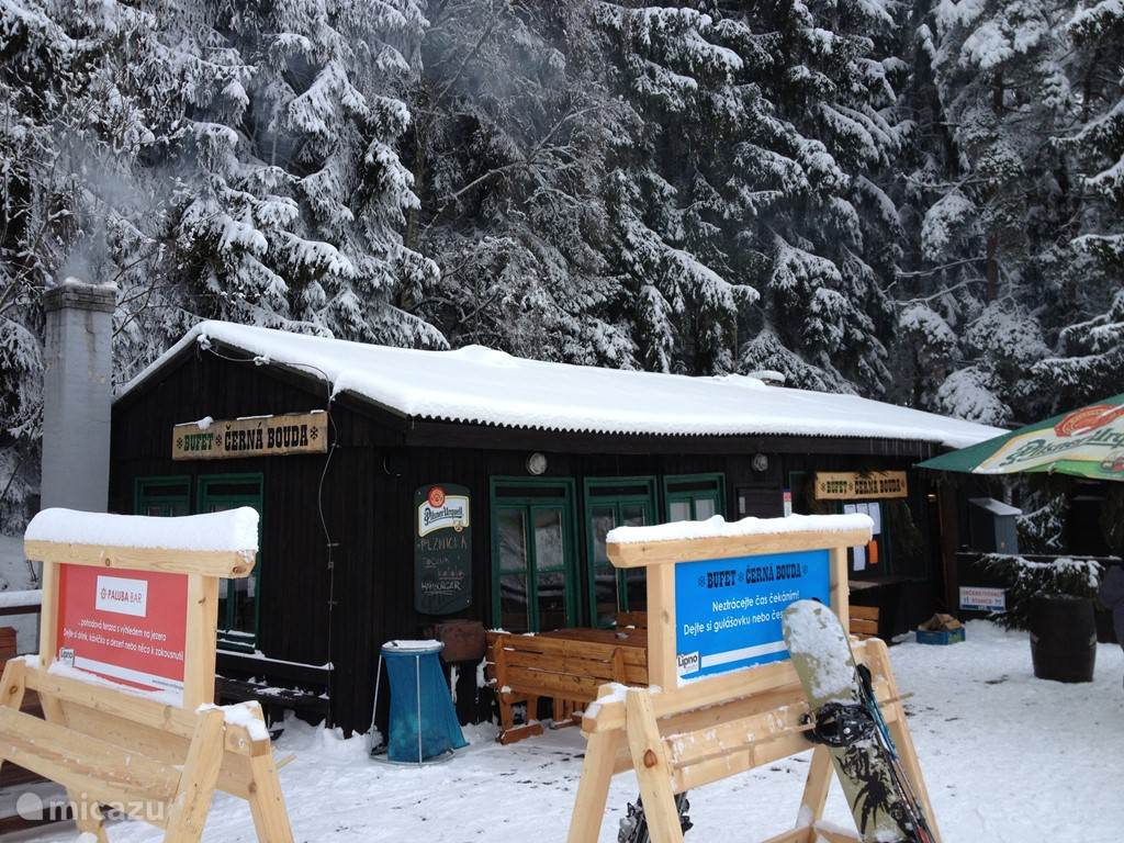 Piste hut in skigebied Kramolin