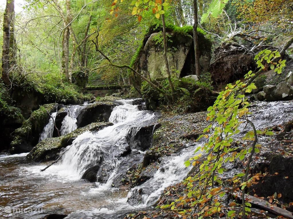 Cascade de la Piss Rote (7km)