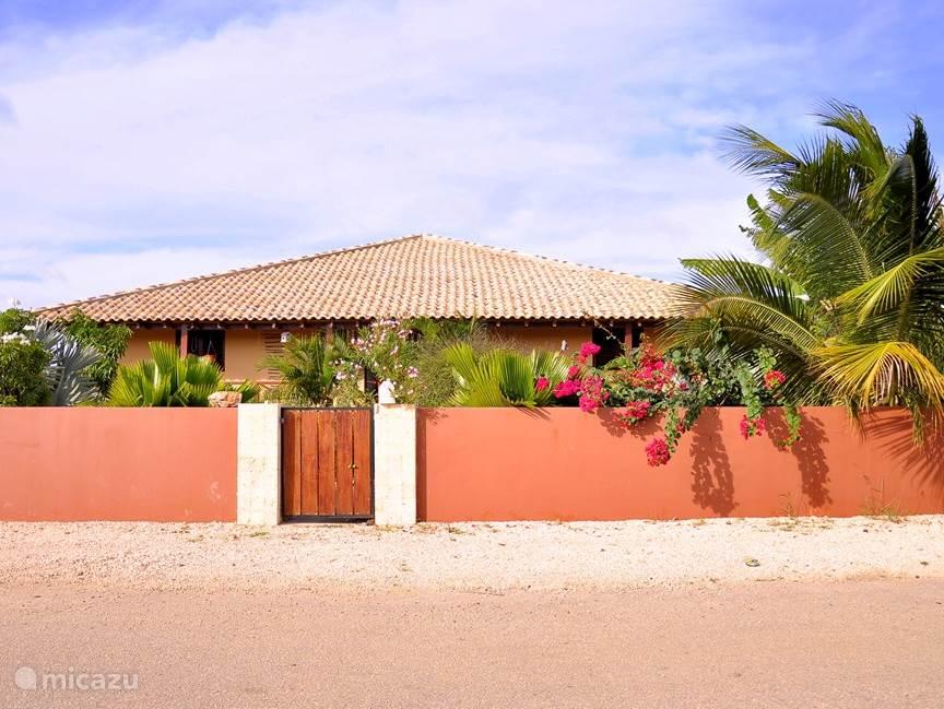 Vakantiehuis Bonaire, Bonaire, Kralendijk Villa Kas di soldachi