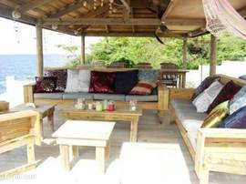 Loungeset (10 pers.) in de palapa