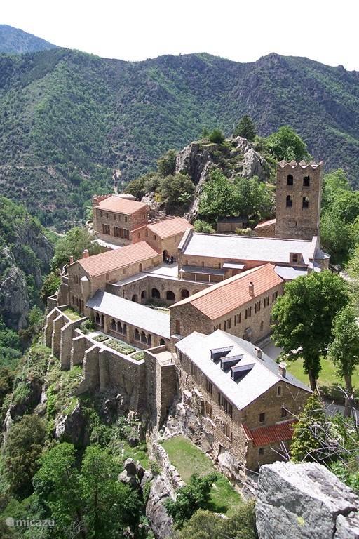 Saint Michel de Canigou is een bezoek waard