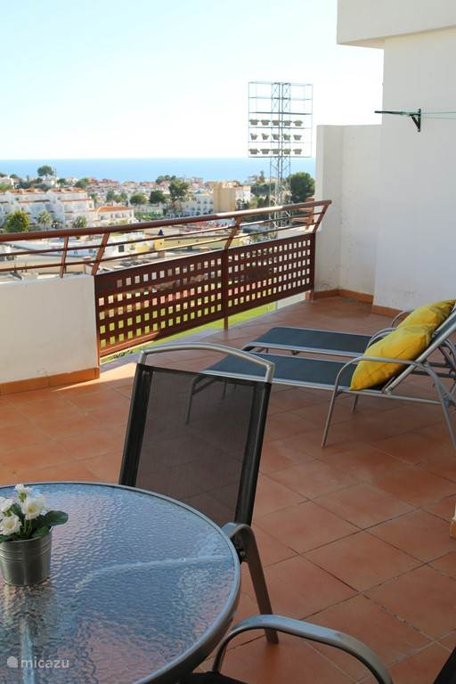 Spacious terrace with spectaculair views!