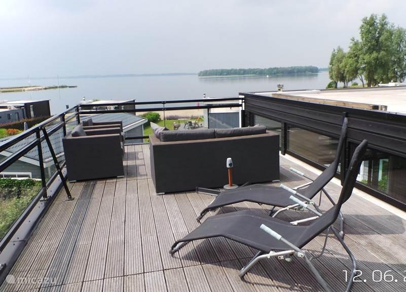 Vacation rental Netherlands, Gelderland, Hulshorst chalet Luxury chalet on bath Hoophuizen Acacia