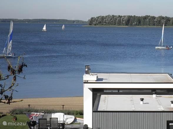 Catamarans op het Veluwe meer