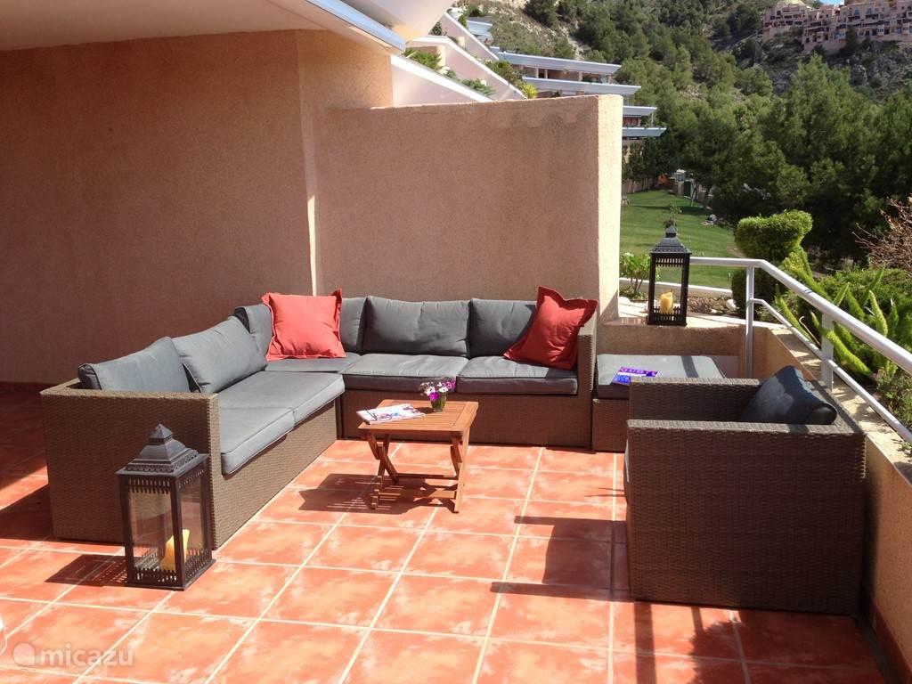 Lounge set op terras