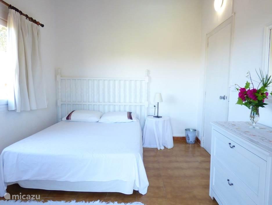 Heerlijke Finca in Alcudia, Mallorca. 2 badkamers. 4 Slaapkamers, geschikt voor 7 personen.
