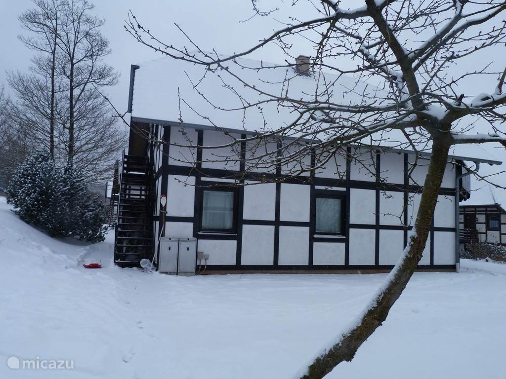 House of ROOTZ! in de winter