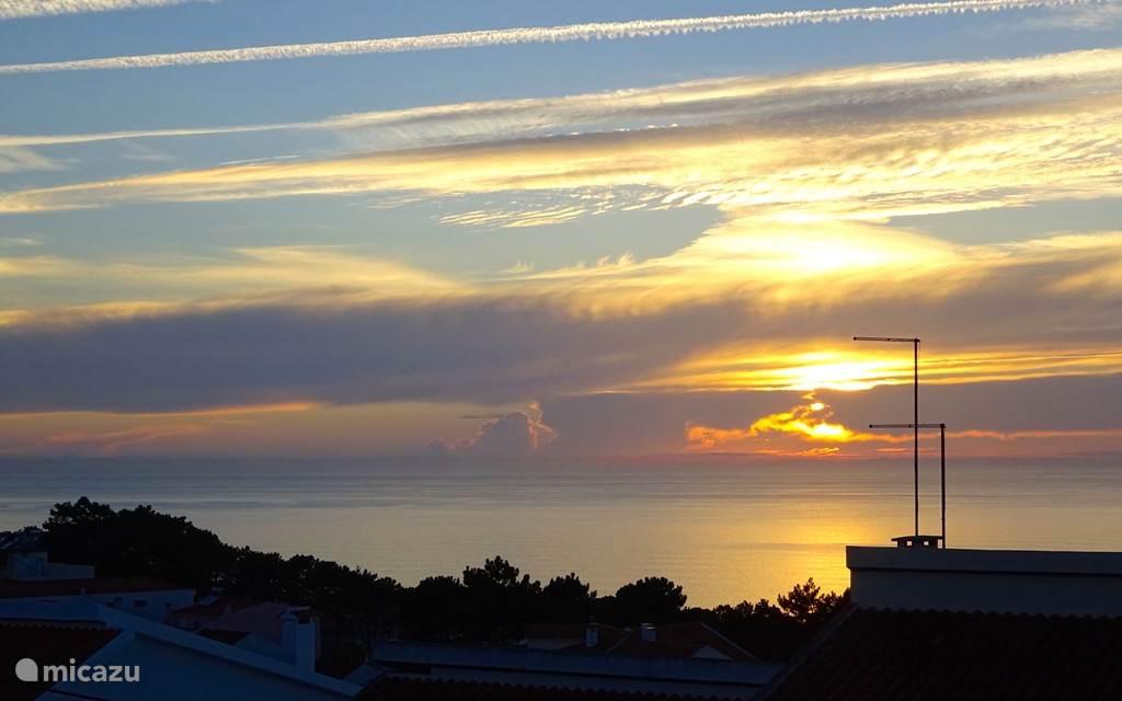 Overweldigende zonsondergang