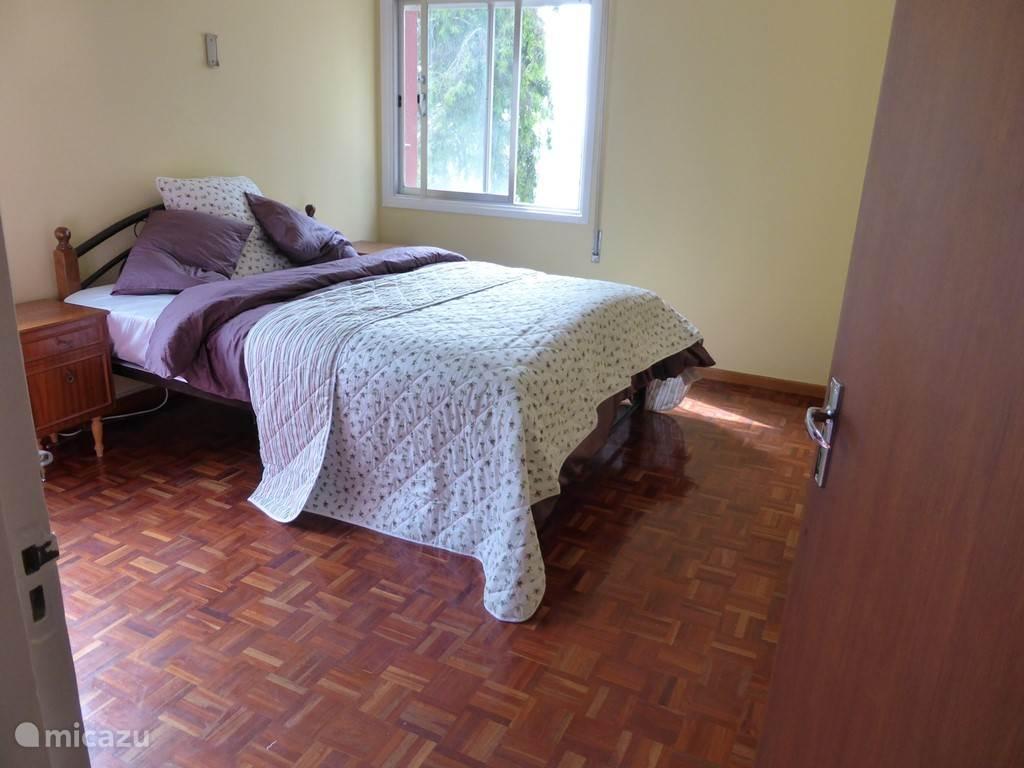 Master bedroom met zeezicht