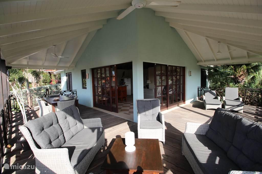 Vacation rental Curaçao, Curacao-Middle, Blue Bay Villa BlueBay beach villa12   150m to sea