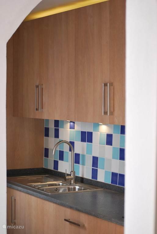 Keuken met granieten aanrecht
