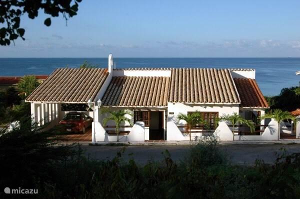 Front Villa Baranca.