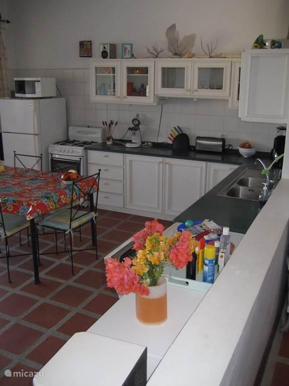 Keuken gedeelte.
