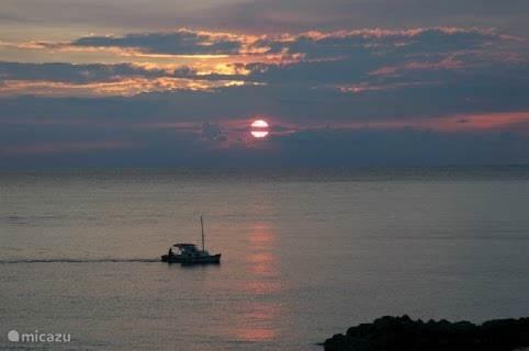 Sunset bij Villa Baranca.