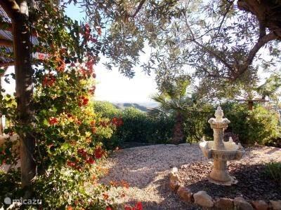 .......mooi uitzicht op tuin.....