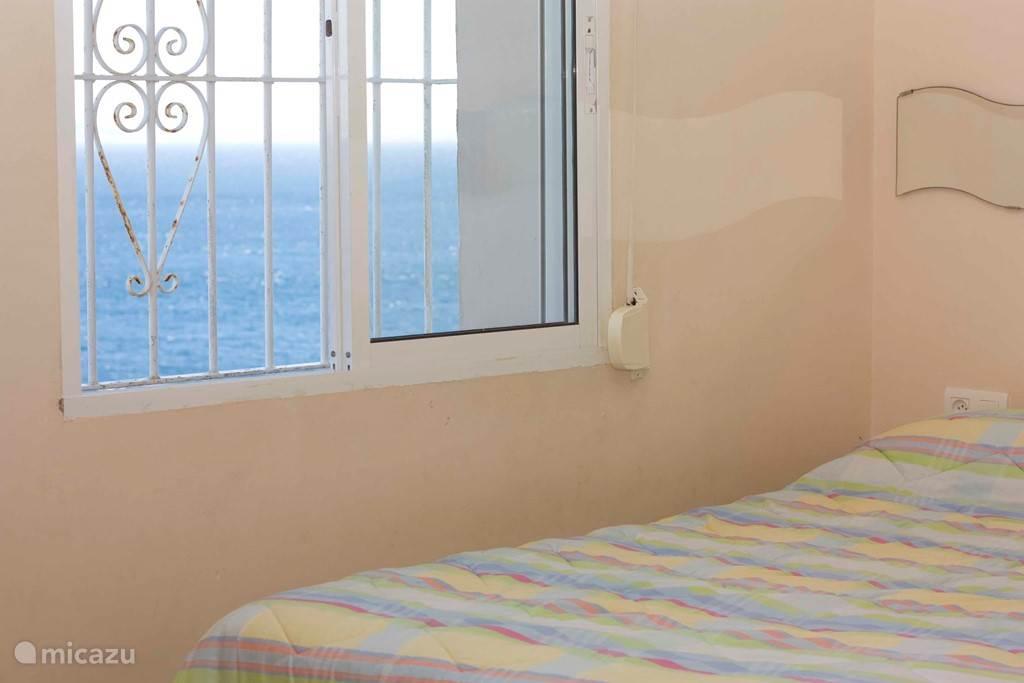 2e 2 persoons slaapkamer met zeezicht (twee 2-persoons slaapkamers liggen aan zee)