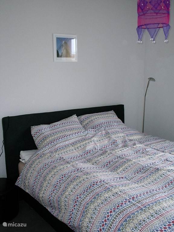 Slaapkamer met comfort-tweepersoonsbed