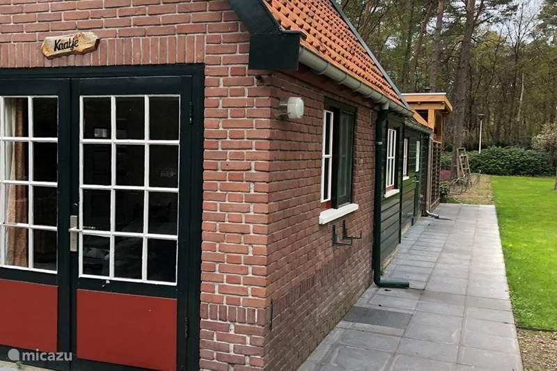 Vakantiehuis Nederland, Gelderland, Beekbergen Bungalow Vrij gelegen vakantiewoning Veluwe