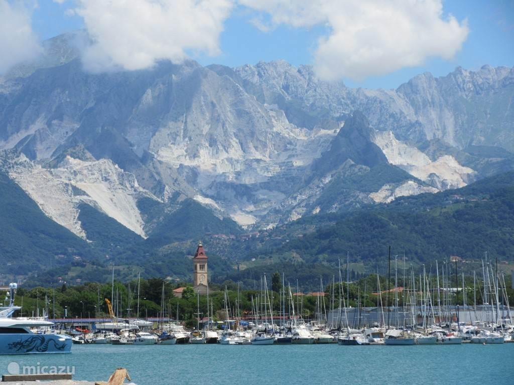 Carrara Haven (6 km)