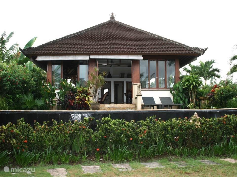 Vacation rental Indonesia – villa Villa Mawar Berawa
