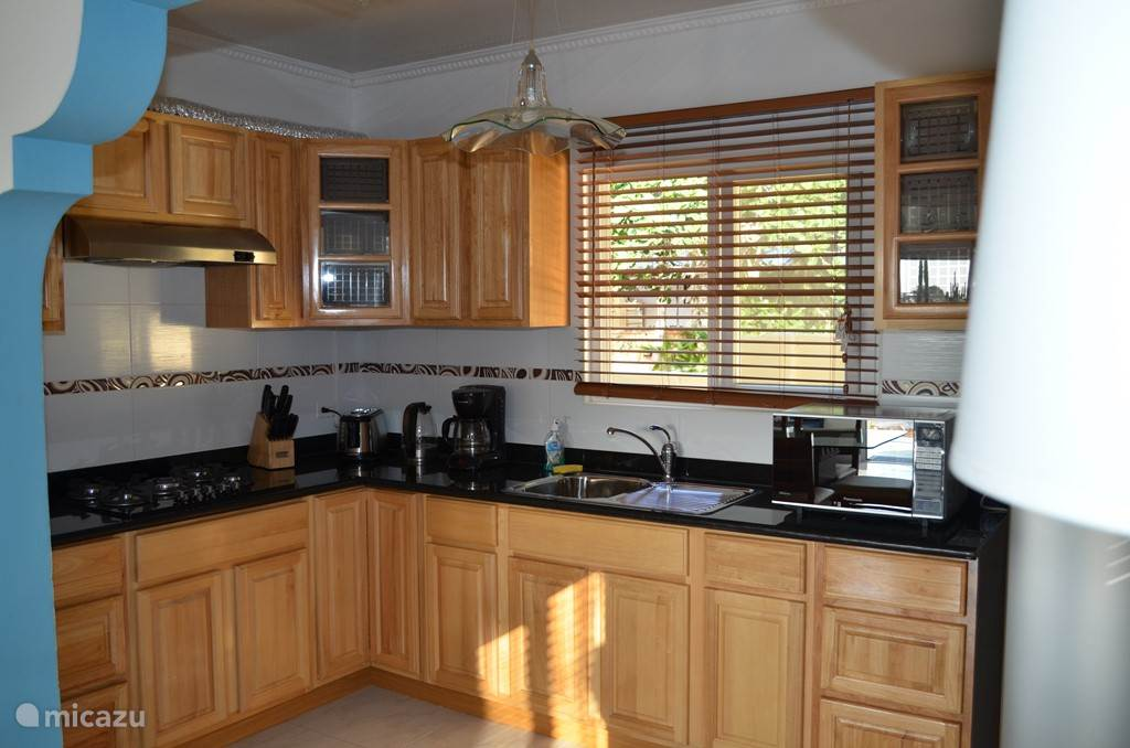 Beautiful full kitchen equipped