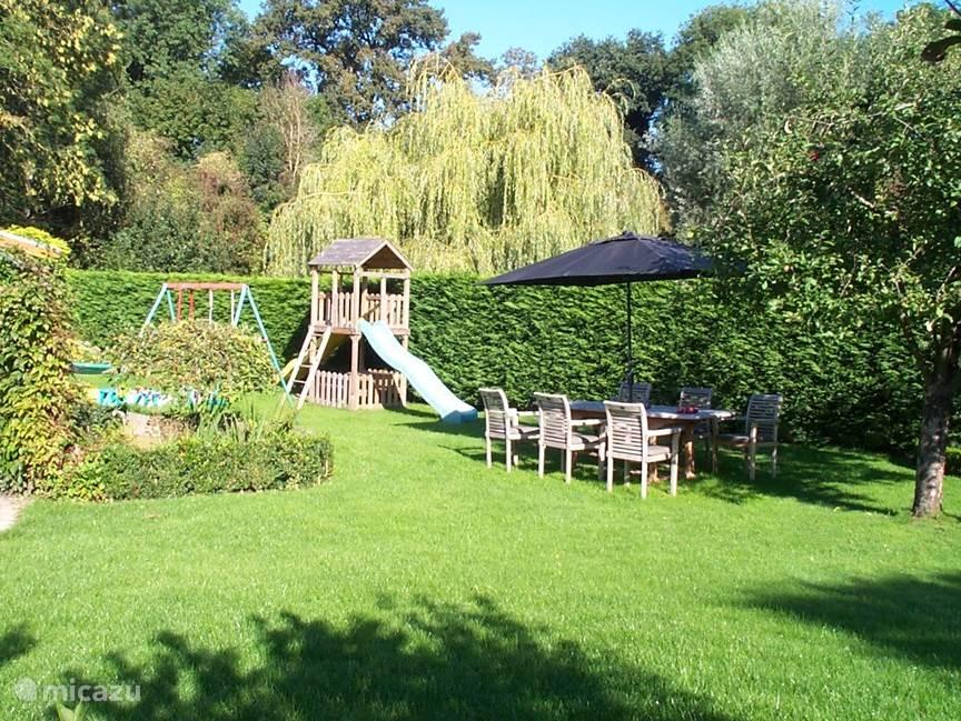 Dit is uw tuin gedurende uw verblijf op de Craubekerhof.