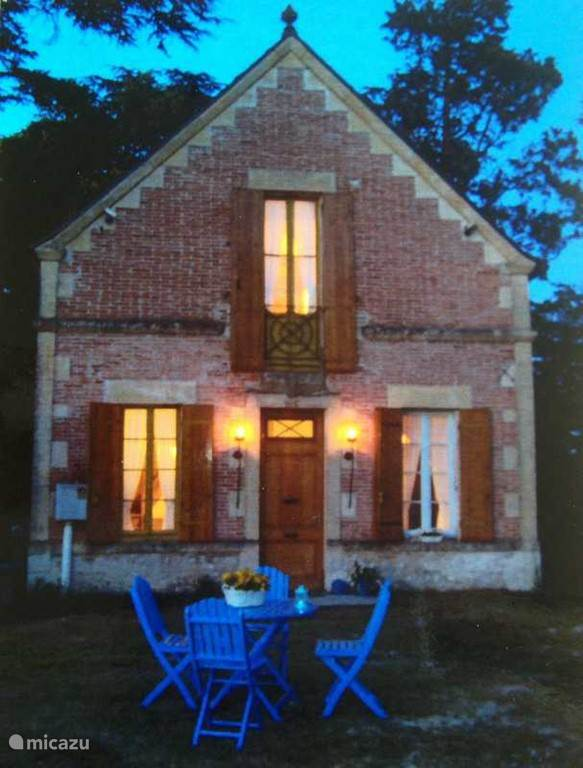 Vacation rental France, Lot-et-Garonne – manor / castle Governors house Lot et Garonne