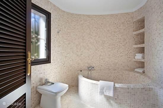 voorbeeld badkamer villa ancla