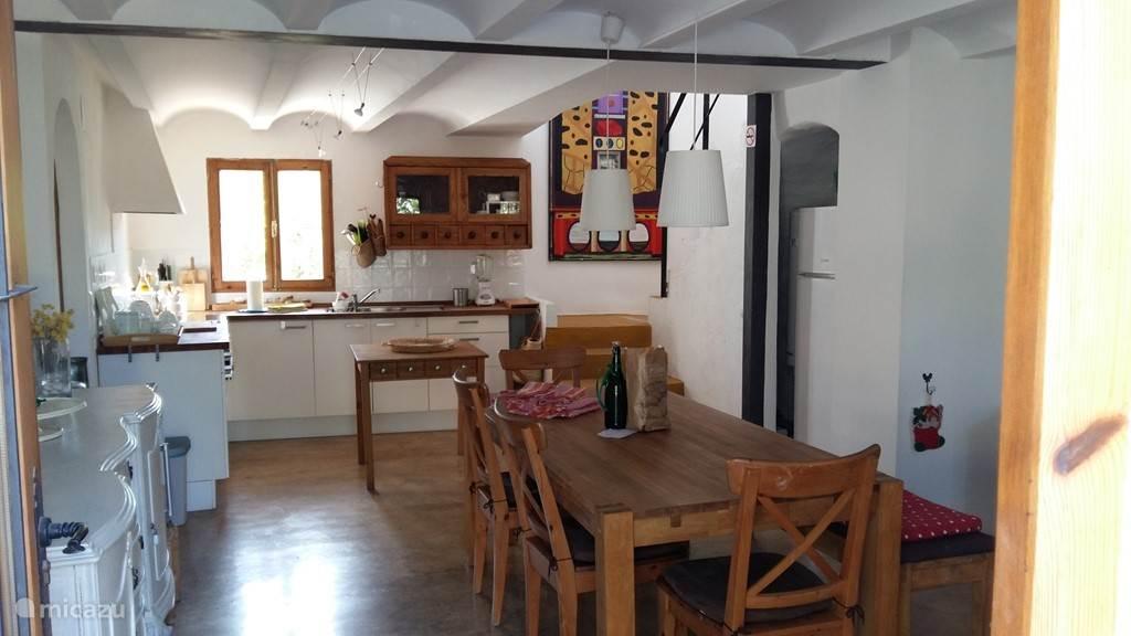 Salon / eetkamer open keuken