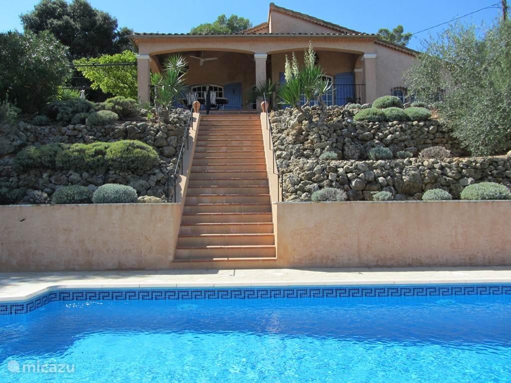 Vacation rental France, Provence, Saint-Antonin-du-Var villa La Farigoulette