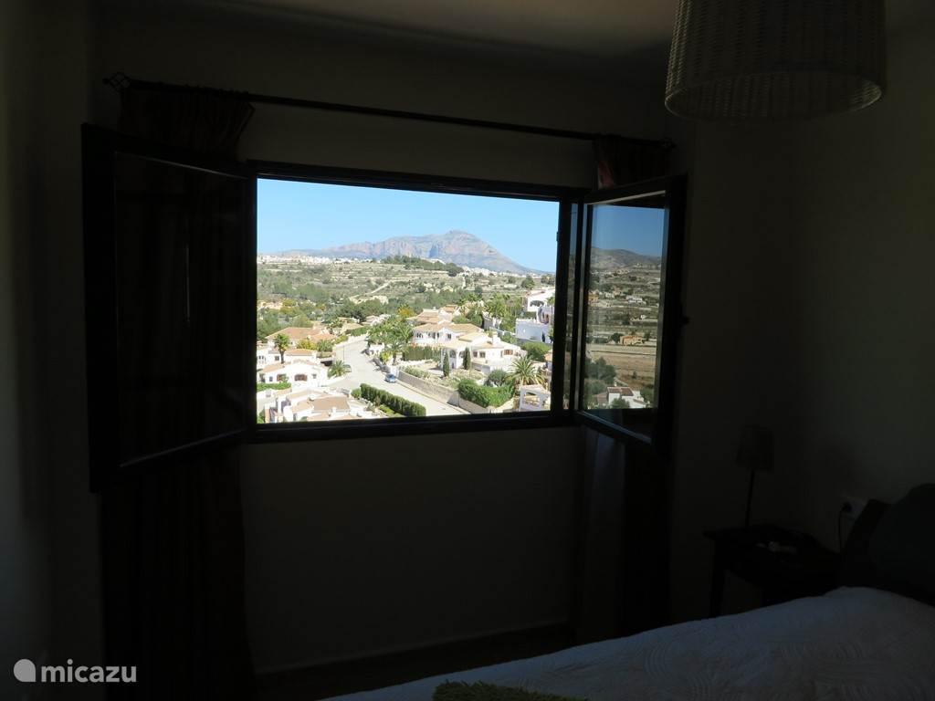 Vanuit de slaapkamer genieten van een heerlijk uitzicht.
