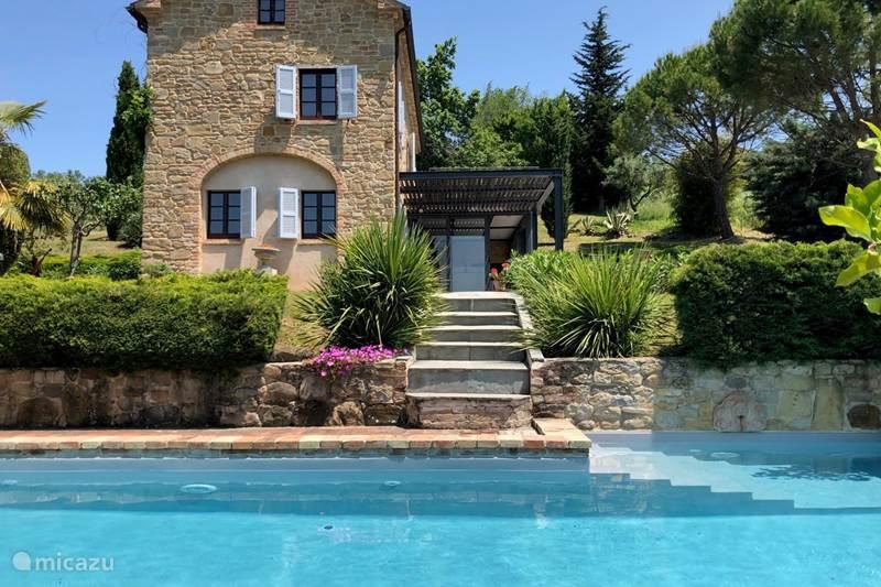 Vakantiehuis Italië, Marche, Sant'Angelo (Pontano) Vakantiehuis Casa Claire