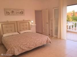 Villa marbella vakantie villa zwembad in marbella costa del sol spanje huren - Douche italiaanse foto ...