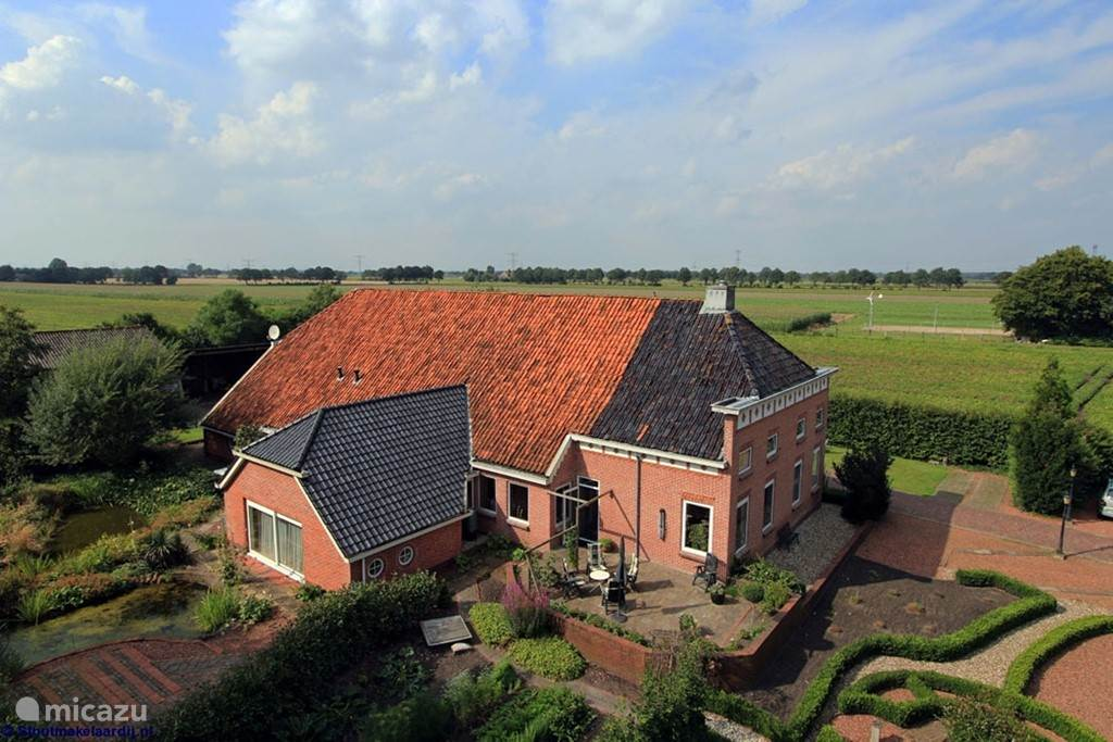 Onze karakteristieke Oldambtster boerderij.