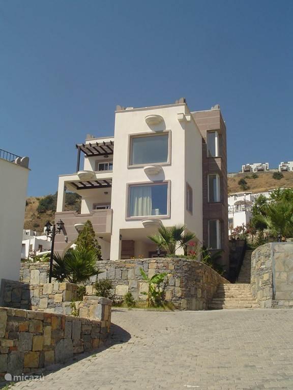 Vakantiehuis Turkije, Egeïsche Zee, Gumusluk - villa Vrijstaande villa met zeezicht