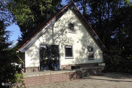 Vacation rental Netherlands, Limburg, Meijel bungalow On the mountain