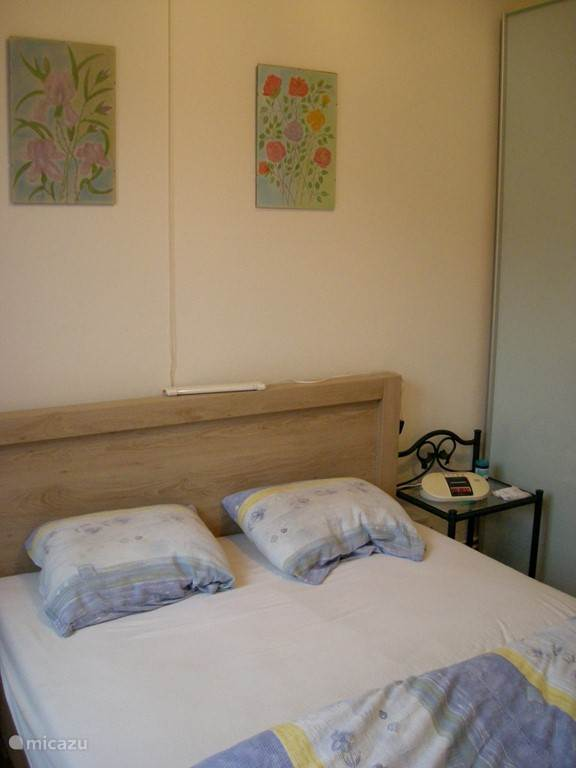BEDROOM WITH 2 PERSONS BED