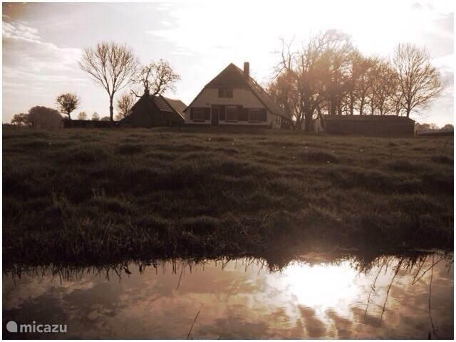 De Boerderij gezien vanaf de Voorzijde.
