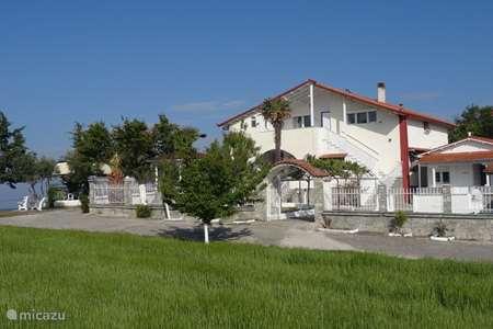 Vakantiehuis Griekenland, Chalkidiki, Nea Iraklia villa Villa Tikozidis, Apollo