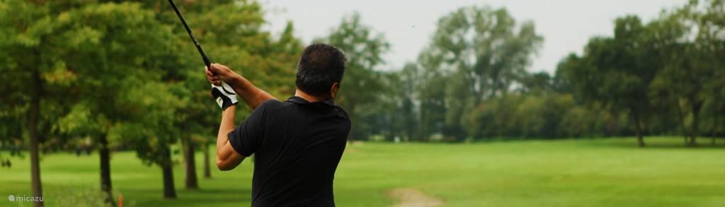 Op de golfbaan