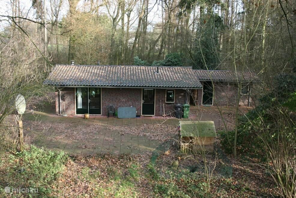 Vakantiehuis Nederland, Gelderland, Silvolde Bungalow Bungalow in het bos