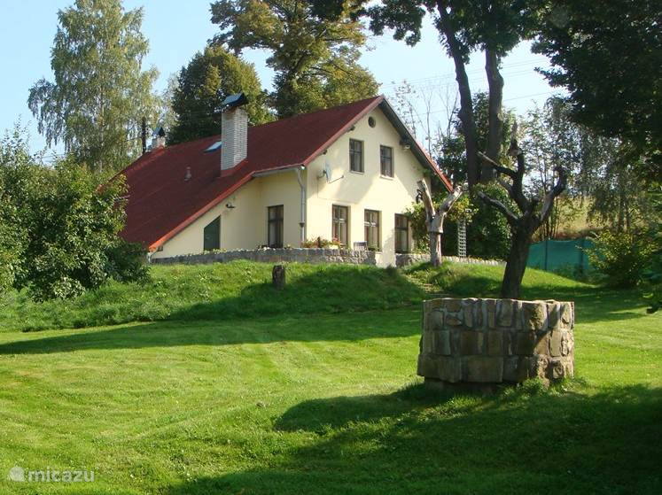 Vacation rental Czech Republic, Giant Mountains, Rtyne v Podkrkonosi manor / castle Country house Rtyne