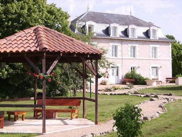 Vacation rental France, Dordogne, Saint Saud manor / castle Le Grand Etang